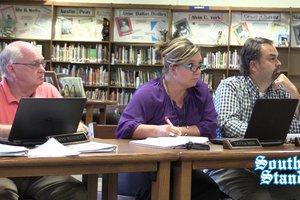 School board tours Bobby Ray