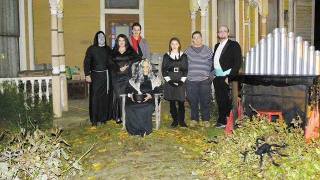 Addams family w L