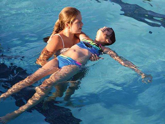 Swim-back-floatWEB