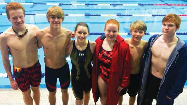 WCHS-swim-team