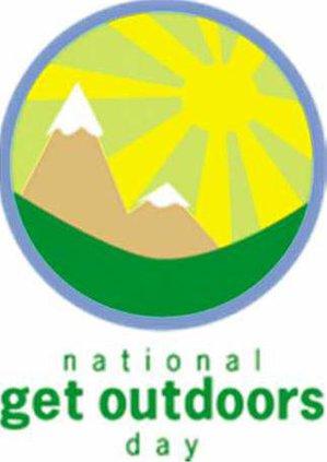 outdoors logo w sm