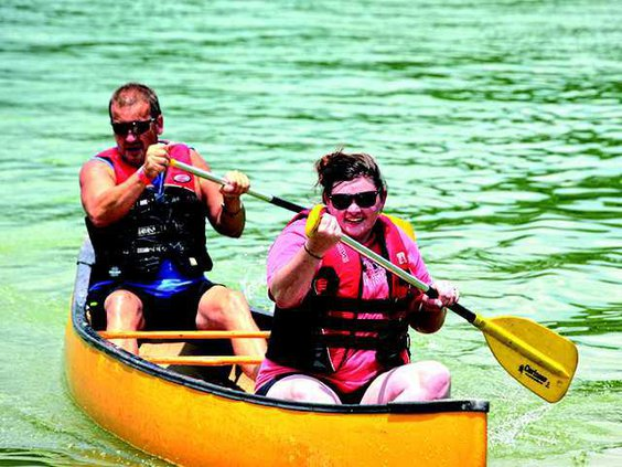 floatnig mill canoe race 1