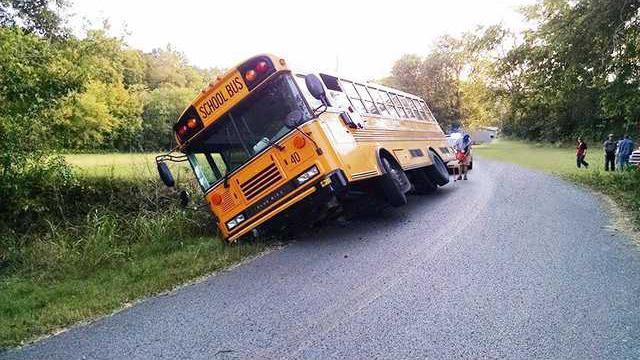 school bus wL