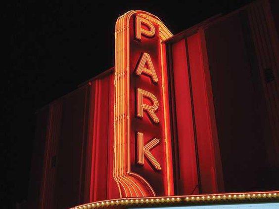 ParkTheaterWEB