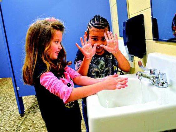 hand washing pic USE