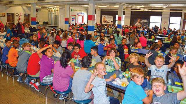 1-Overall-cafeteria-pic