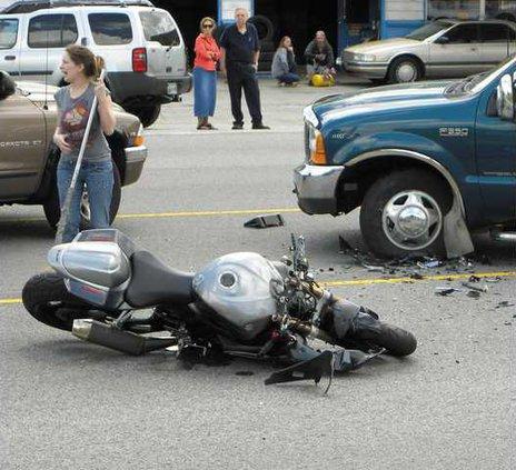 bike wreck w sm.jpg