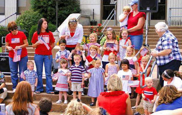 choir kids w sm.jpg
