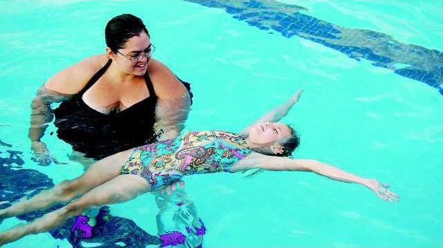 10 Swim - backfloat