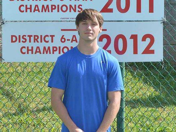 WCHS-senior-tennis-boy