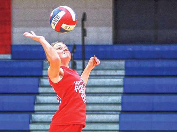 WEB-WCMS-volley---Brianna-Winkler