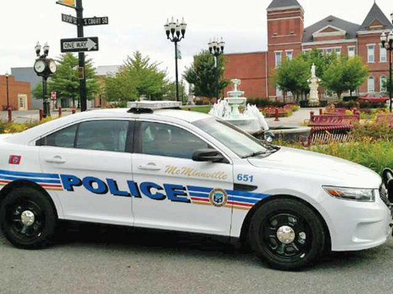 WEB-POLICE-CAR