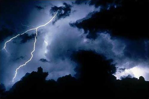 lightning-bolt-picture-2