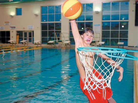 Indoor-pool---dunkWEB