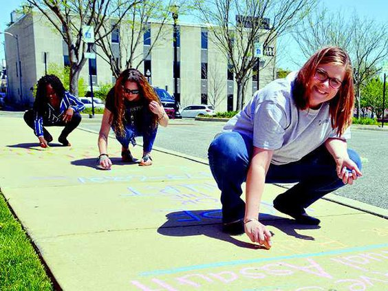chalk your downtown3