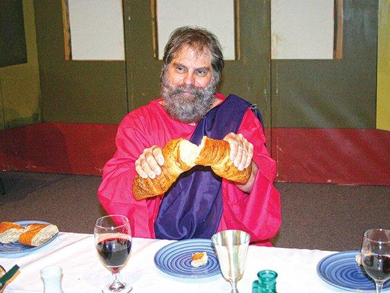 living last supper- jesus breaking bread.jpg