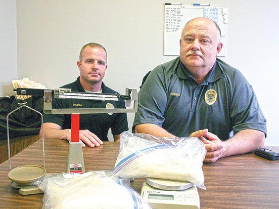 Drug story- 4 lbs of meth; Detective Eddie Colwell and Sergeant Detective Tony Jenkins.jpg