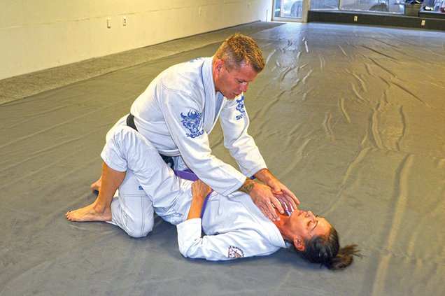 self defense sequence 1.jpg