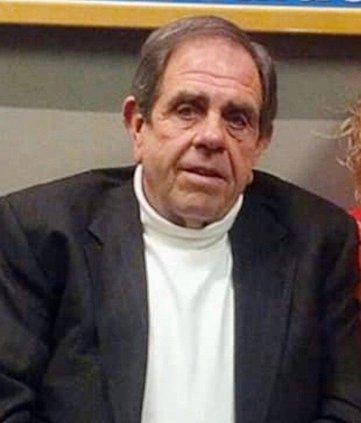 Taft Hendrixson, Jr., 76