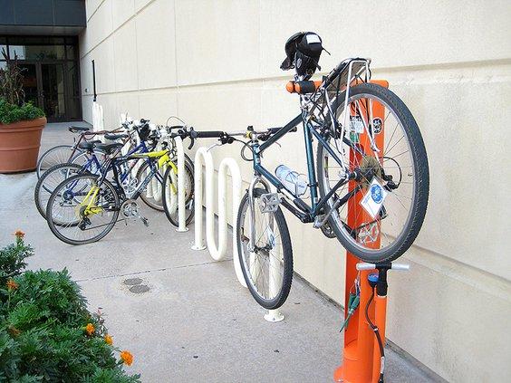 bike repair stations3.jpg