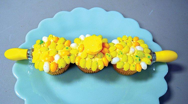 Cupcakes - corn on the cob.jpg