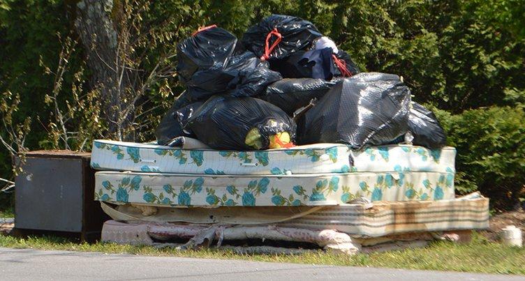 trash - mattresses.jpg
