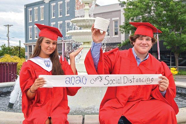 2020 seniors 2 BEST.jpg