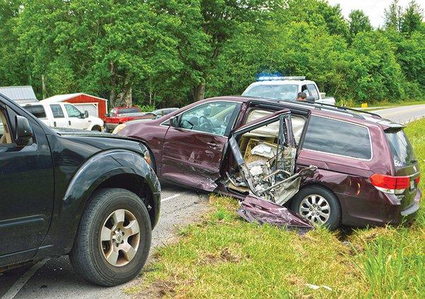 Jacksboro wreck1.jpg