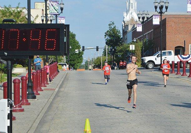 Ray Bishop - finish.jpg
