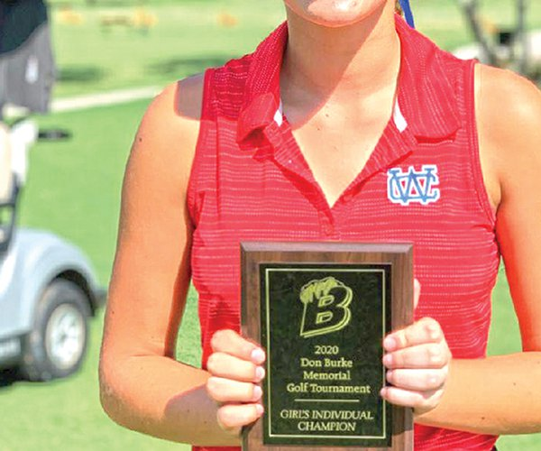 Lauren Slatton with plaque.jpg