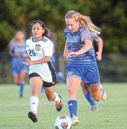 WCHS soccer - Bekah.jpg