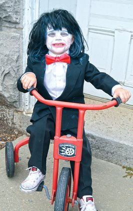 Central Trunk or Treat - Braxton Bell as Jigsaw Kid.jpg