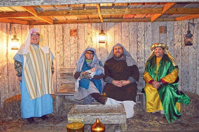 Christmas in Park - manger scene.jpg