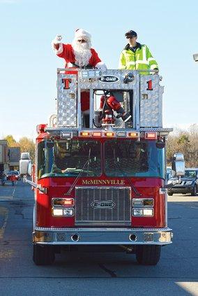 Santa firetruck.jpg