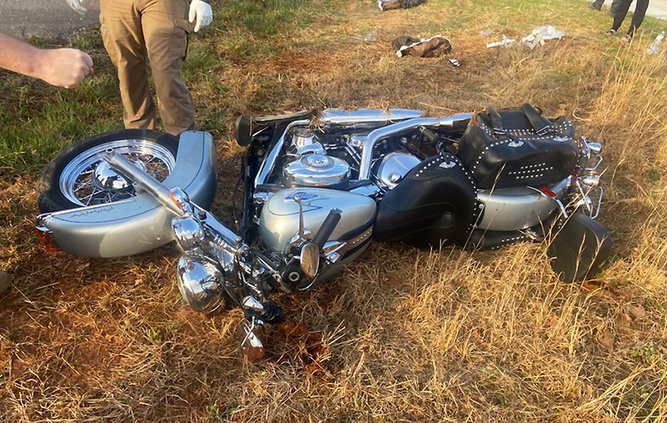 Willow Way motorcycle wreck1.jpg