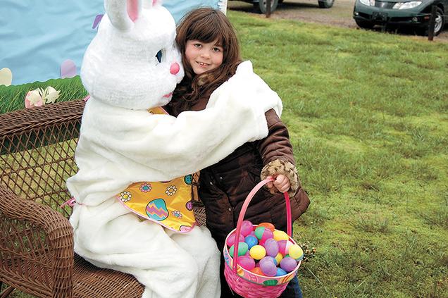Easter bunny hug.png