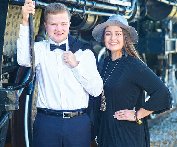 van buren superlative - mr and ms vbhs.jpg