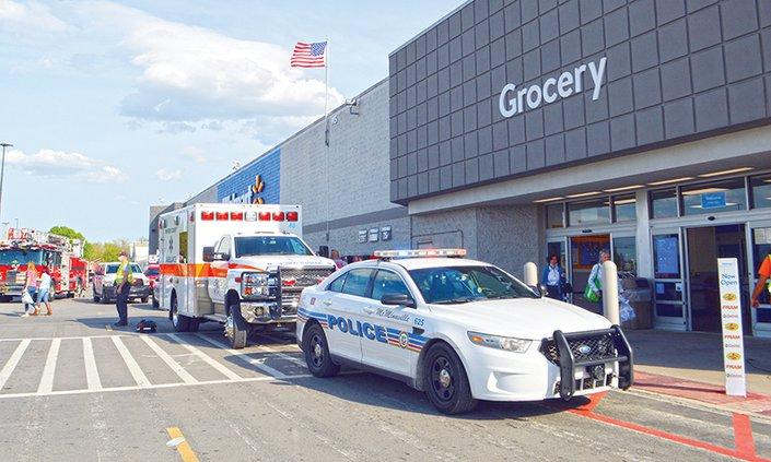 Walmart shooting5.jpg