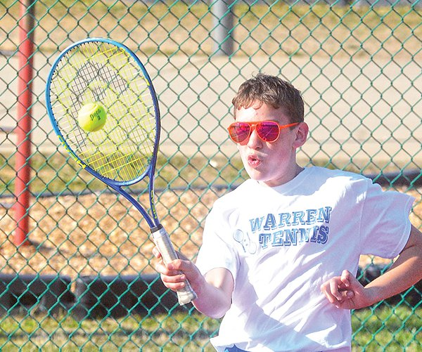 WCMS tennis - Isaac Stefanick.jpg