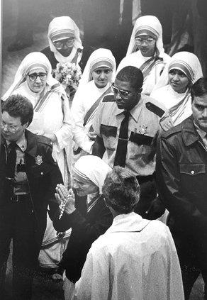 Mother Teresa 2.jpg