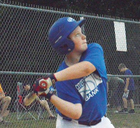 Centertown kid hitting - Dalton Stalcup.jpg