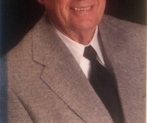 Roy D. Pig Curtis