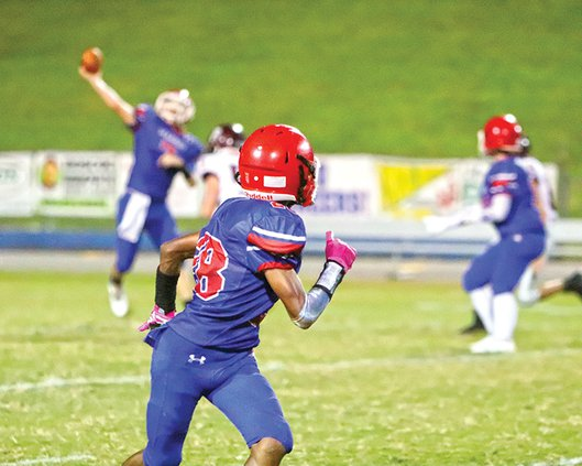 Isaiah Robledo About to Catch a Pass for TD 9-16.jpg